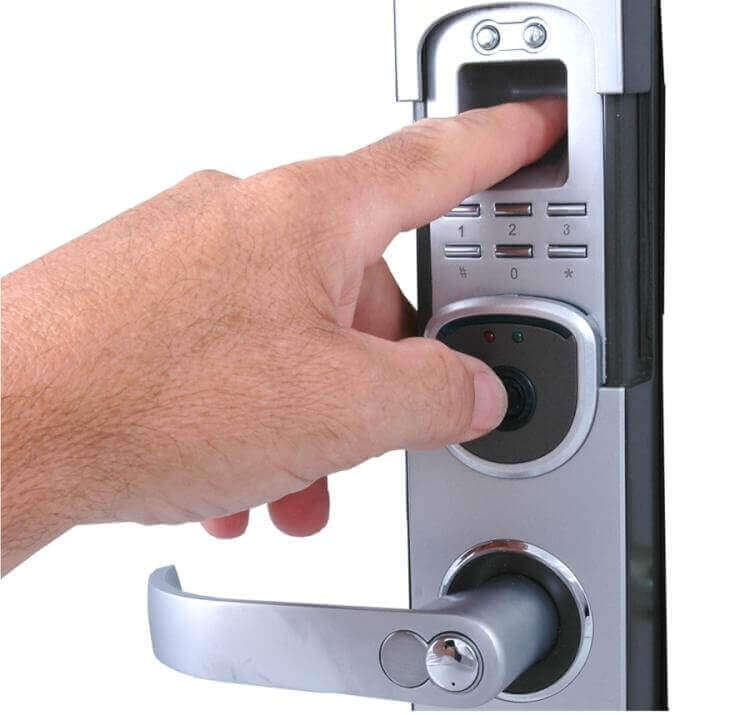 automatic door lock system using biometrics